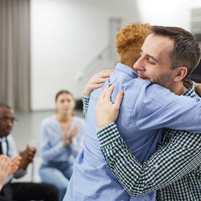 healing-in-support-group-ESXFWPQ-min